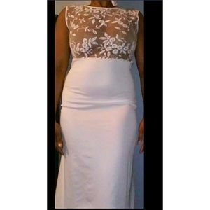 Dresses & Skirts - White lace gown